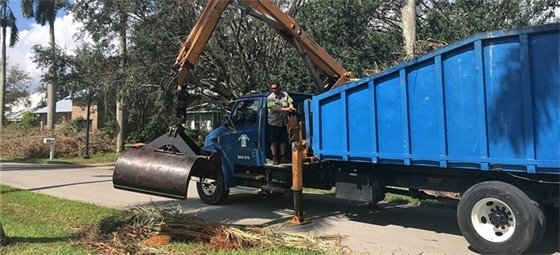 Debris Truck